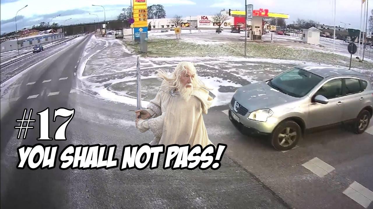 Trucker Dashcam Entertaining Compilation from Sweden