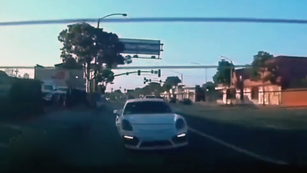 Tesla vs. Porsche Caught On BlackVue Dashcam