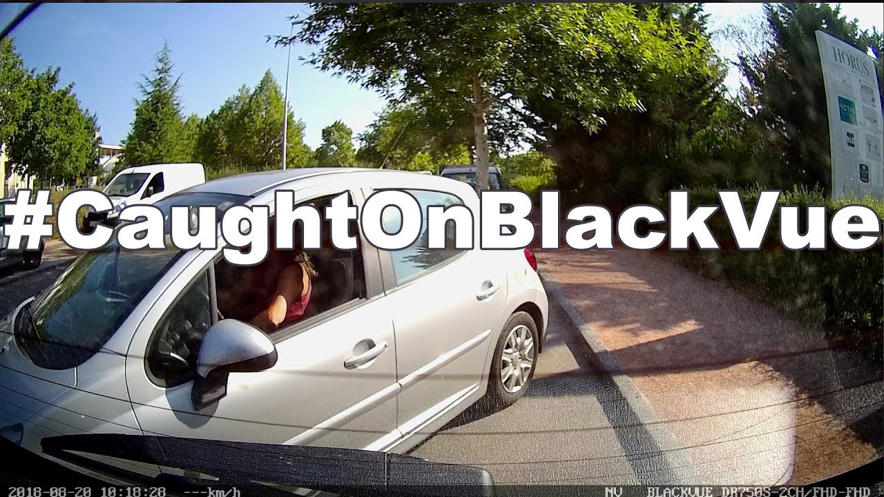 Parked Car Hit #CaughtOnBlackVue Dashcam
