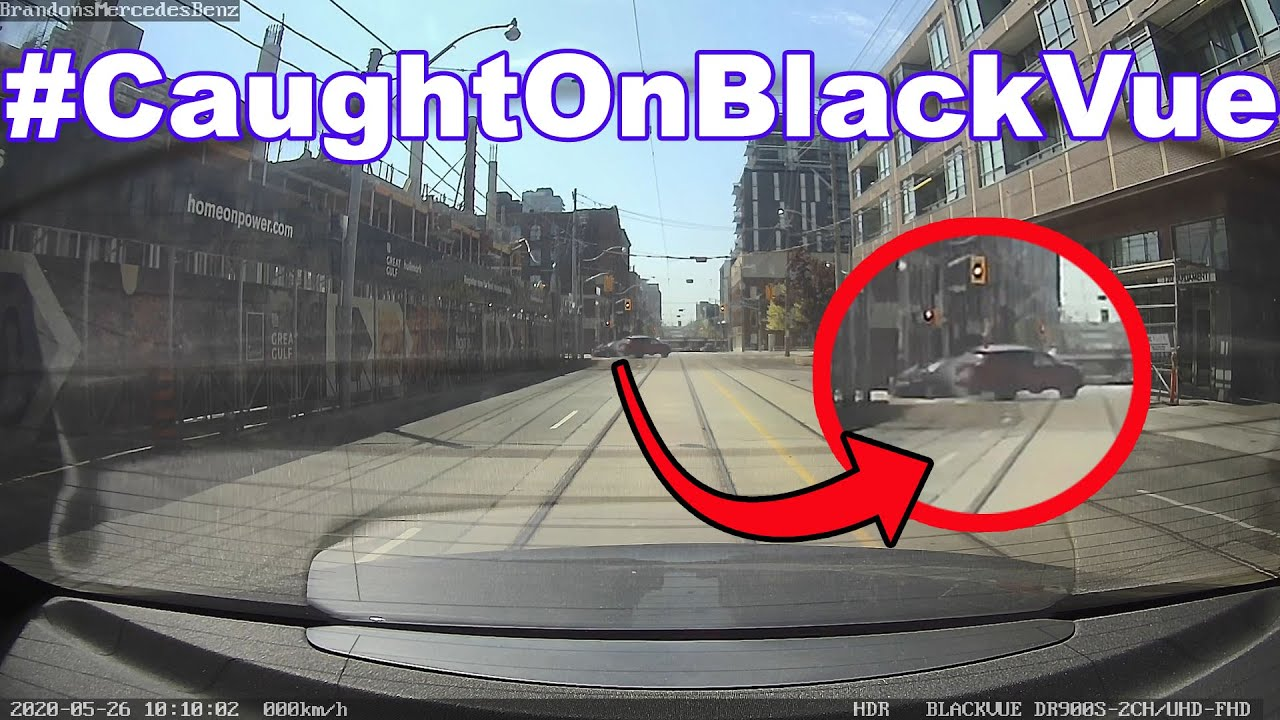T-Bone Crash At Intersection #CaughtOnBlackVue Rear Cam