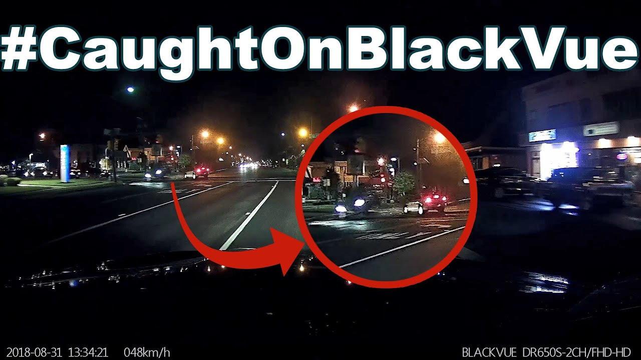 Trying to Beat the Yellow Light Ends in a Crash #CaughtOnBlackVue