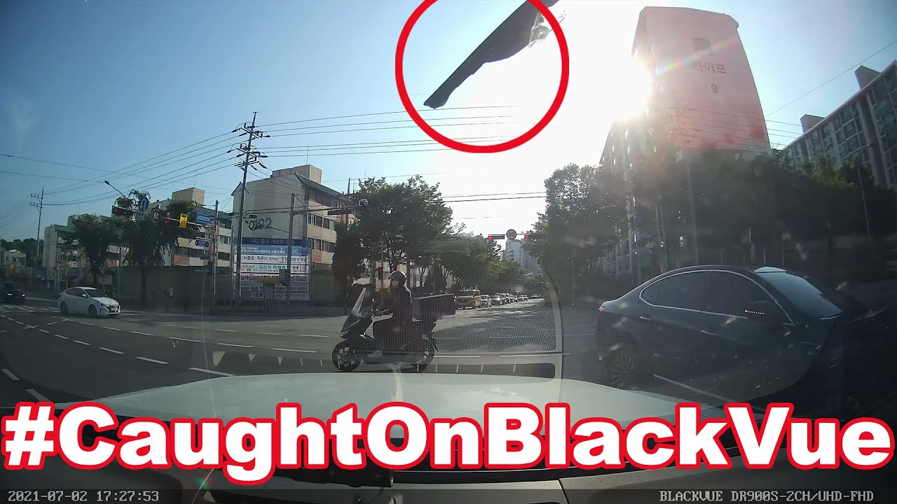 Red Light Runner May Get Additional Charges Thanks To Dashcam Footage #CaughtOnBlackVue